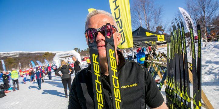 Lämna in dina skidor för vallning inför Fjälltopploppet & Skicrossen